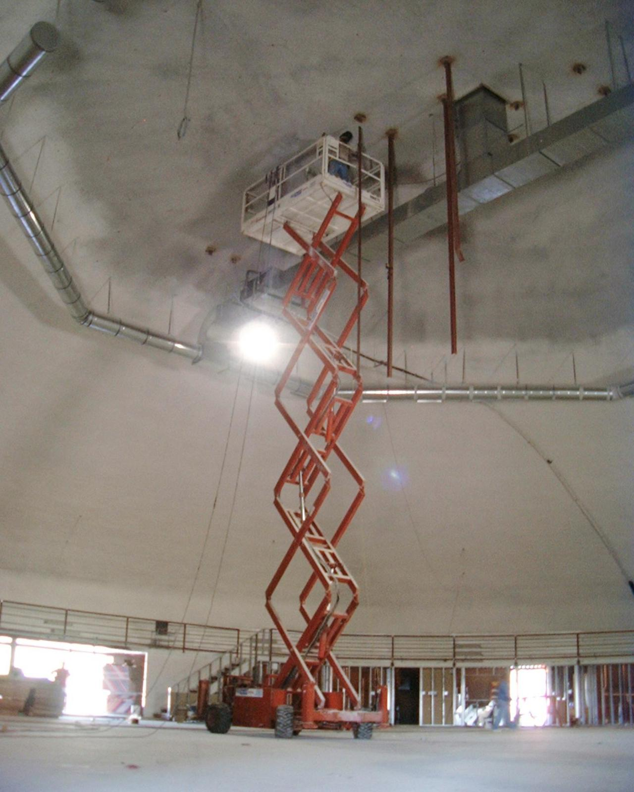 Scissor lift to build catwalk